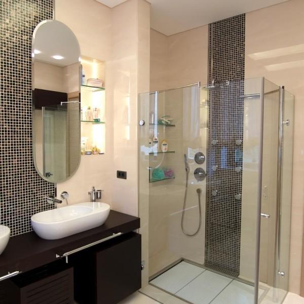 красивый дизайн ванной комнаты с душевой кабиной 17940