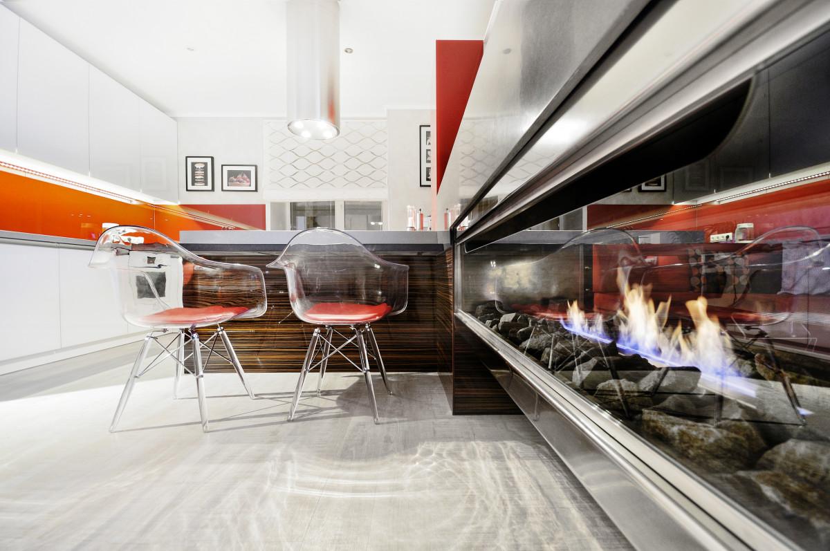 Кухня/столовая в  цветах:   Белый, Светло-серый, Серый, Черный.  Кухня/столовая в  .