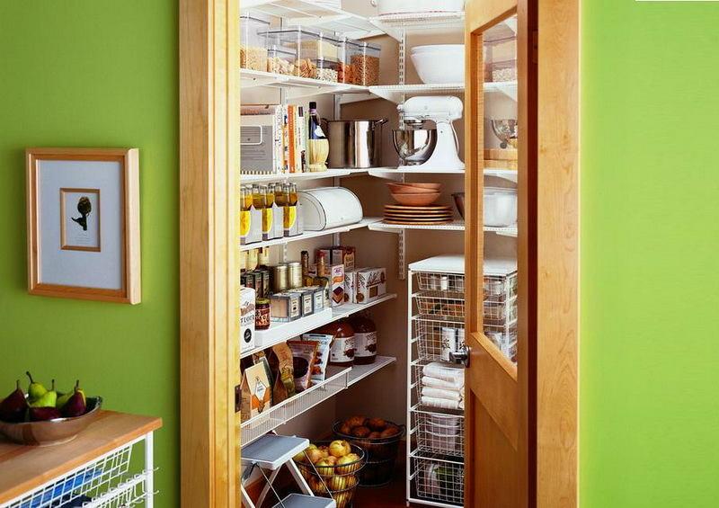 Подсобное помещение в цветах: светло-серый, салатовый, коричневый, бежевый. Подсобное помещение в .