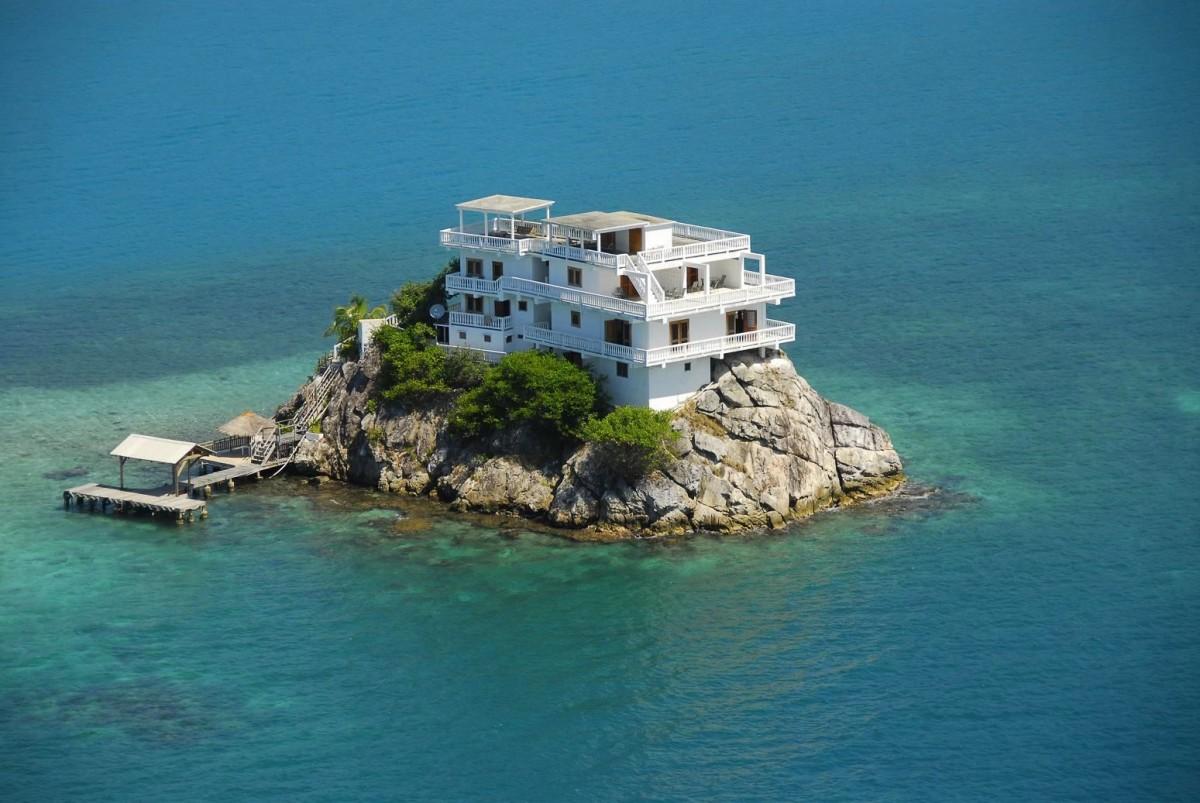 25 домов, о которых приятно помечтать осенним вечером
