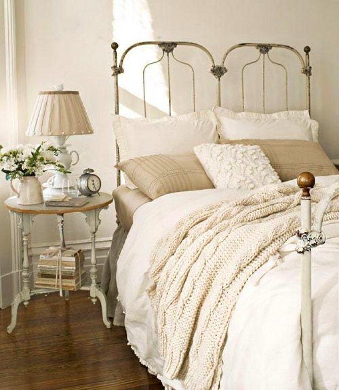 Мебель и предметы интерьера в цветах: серый, светло-серый, белый, бежевый. Мебель и предметы интерьера в стиле прованс.