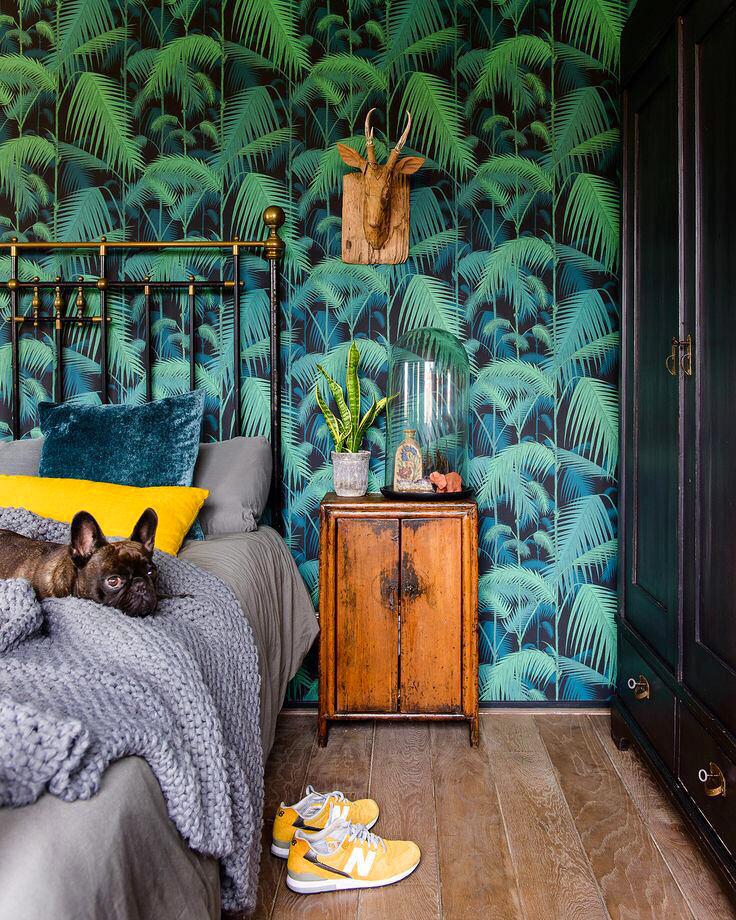 Мебель и предметы интерьера в цветах: черный, серый, сине-зеленый. Мебель и предметы интерьера в стиле эклектика.
