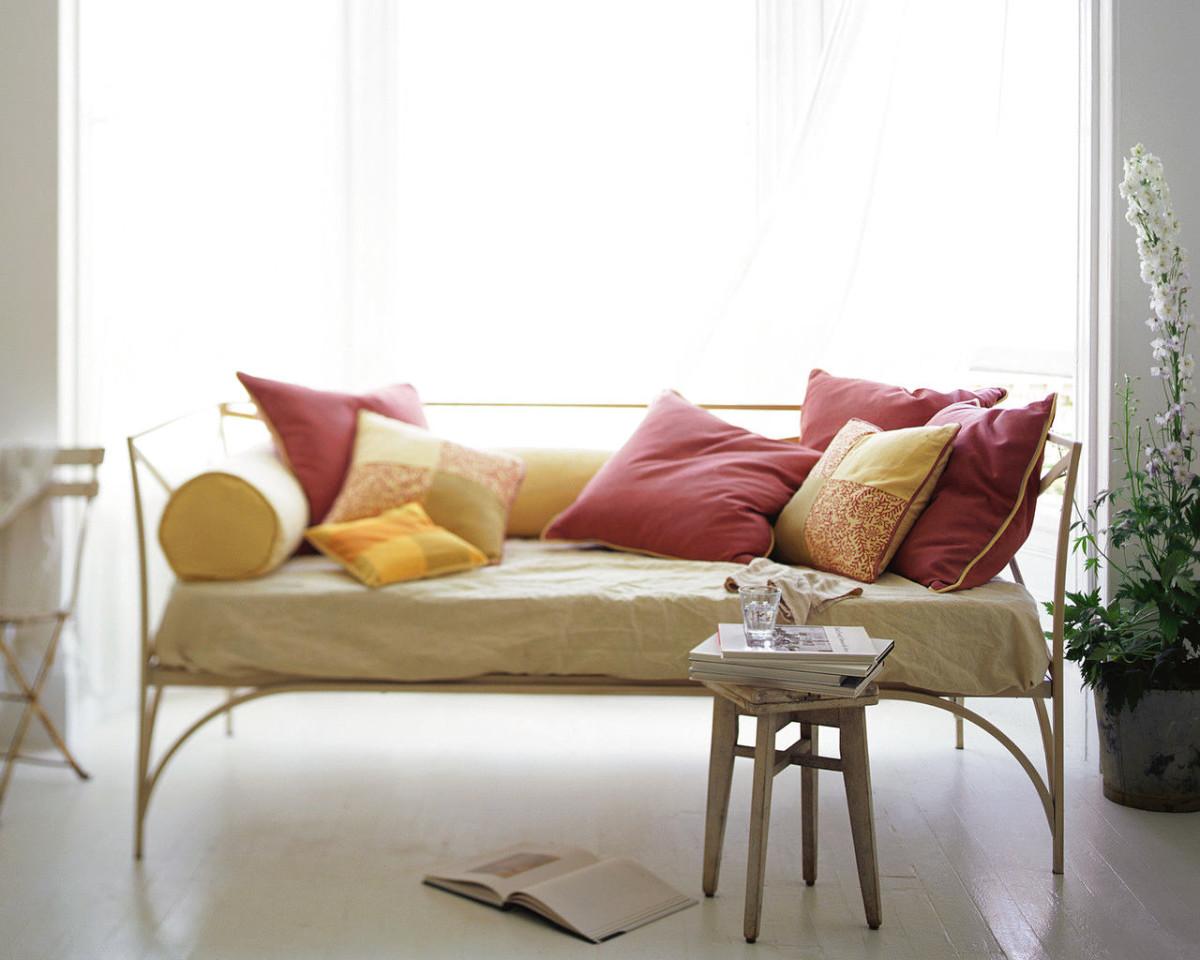 Мебель и предметы интерьера в цветах: серый, белый, бежевый. Мебель и предметы интерьера в стилях: скандинавский стиль.