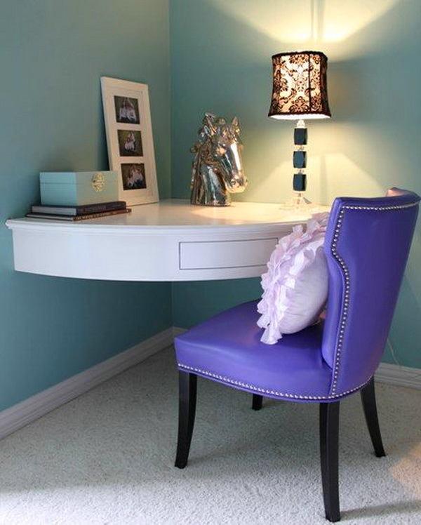 Спальня в цветах: фиолетовый, серый, светло-серый. Спальня в .