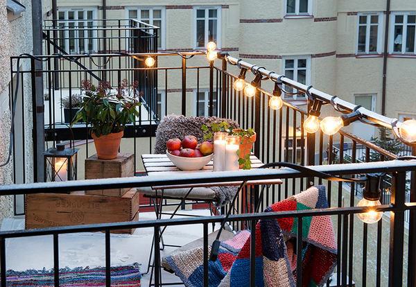 Балкон, веранда, патио в цветах: черный, серый, коричневый, бежевый. Балкон, веранда, патио в стиле скандинавский стиль.
