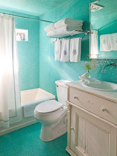 Мебель и предметы интерьера в цветах: бирюзовый, светло-серый, белый. Мебель и предметы интерьера в .