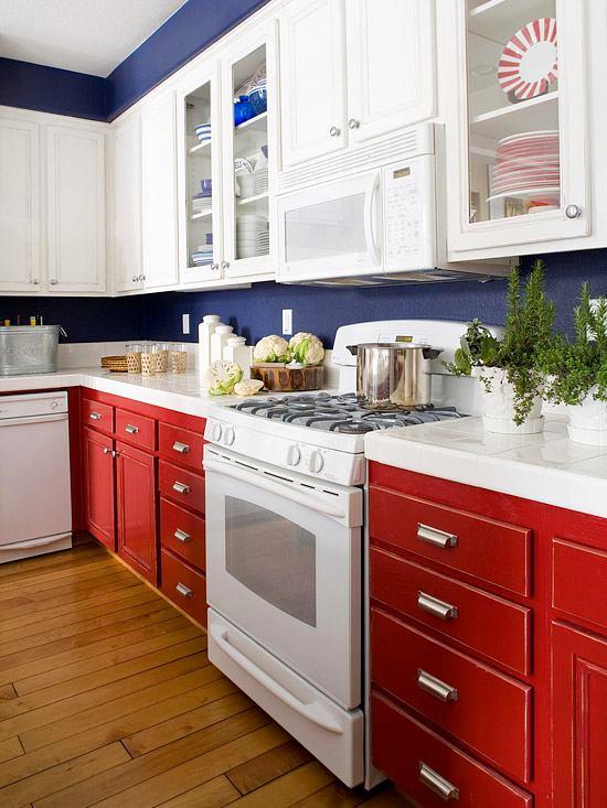 Кухня в цветах: серый, белый, бордовый, бежевый. Кухня в .