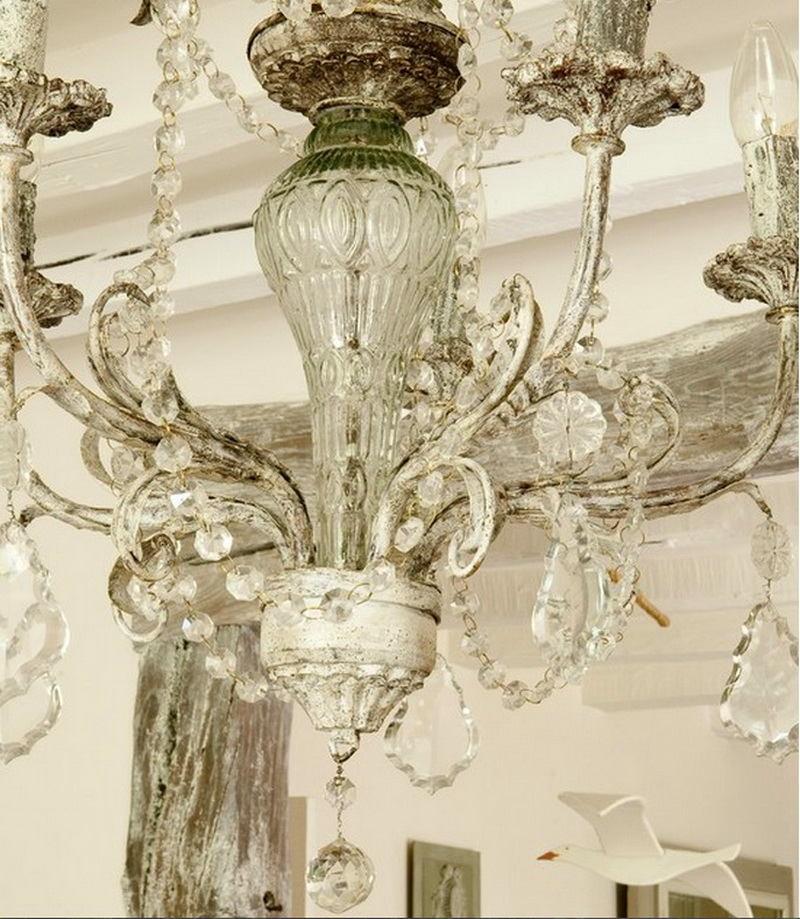 Светильники в цветах: светло-серый, белый. Светильники в стиле французские стили.