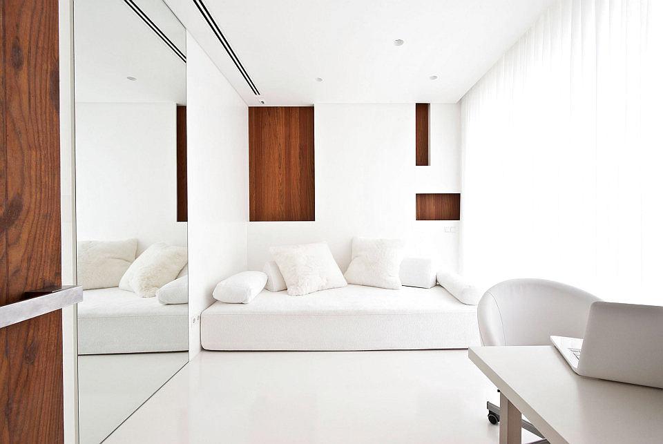 Мебель и предметы интерьера в цветах: серый, светло-серый, белый, коричневый. Мебель и предметы интерьера в стиле скандинавский стиль.
