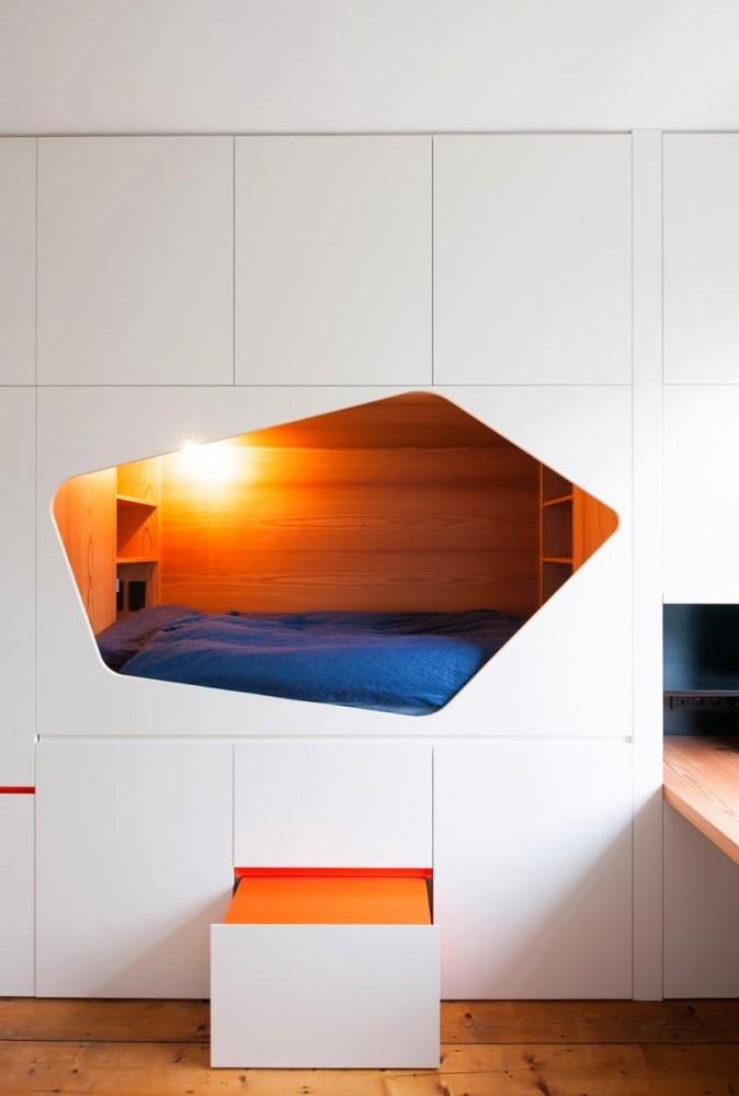 Архитектура в цветах: красный, оранжевый, желтый, бирюзовый, светло-серый. Архитектура в стилях: минимализм, хай-тек, экологический стиль.