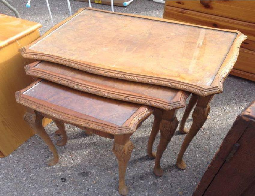 Мебель и предметы интерьера в цветах: желтый, серый, темно-коричневый, коричневый, бежевый. Мебель и предметы интерьера в стилях: английские стили.