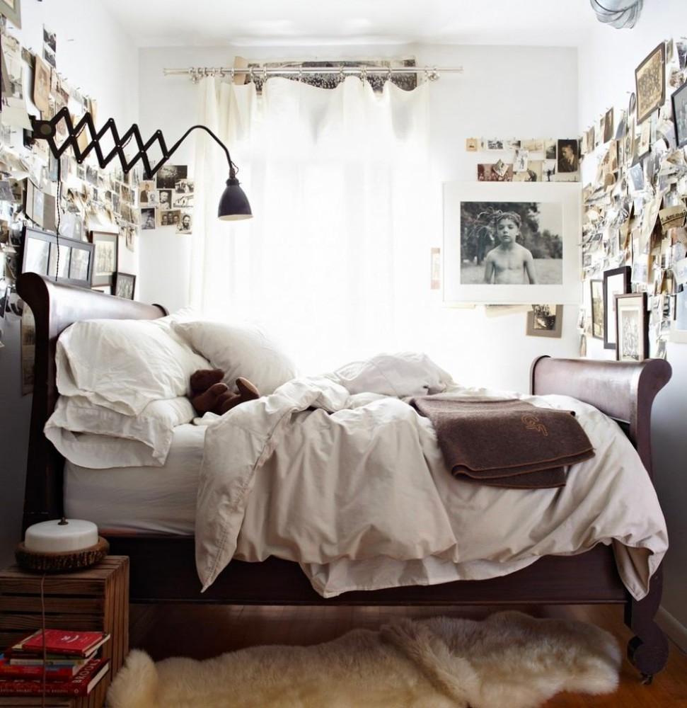 Спальня в цветах: черный, серый, светло-серый, темно-коричневый, коричневый. Спальня в стилях: американский стиль, эклектика.