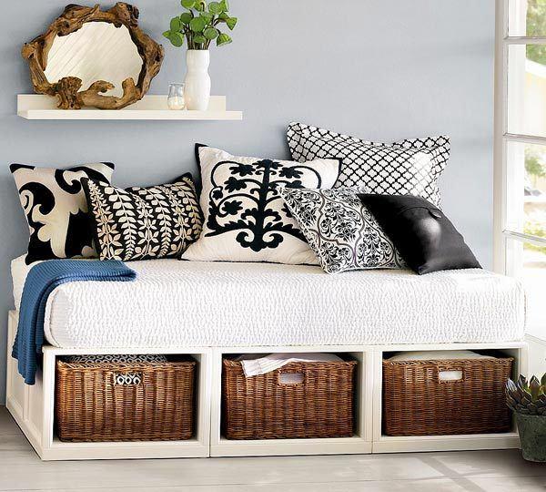 Спальня в цветах: черный, серый, белый, коричневый. Спальня в стилях: американский стиль.