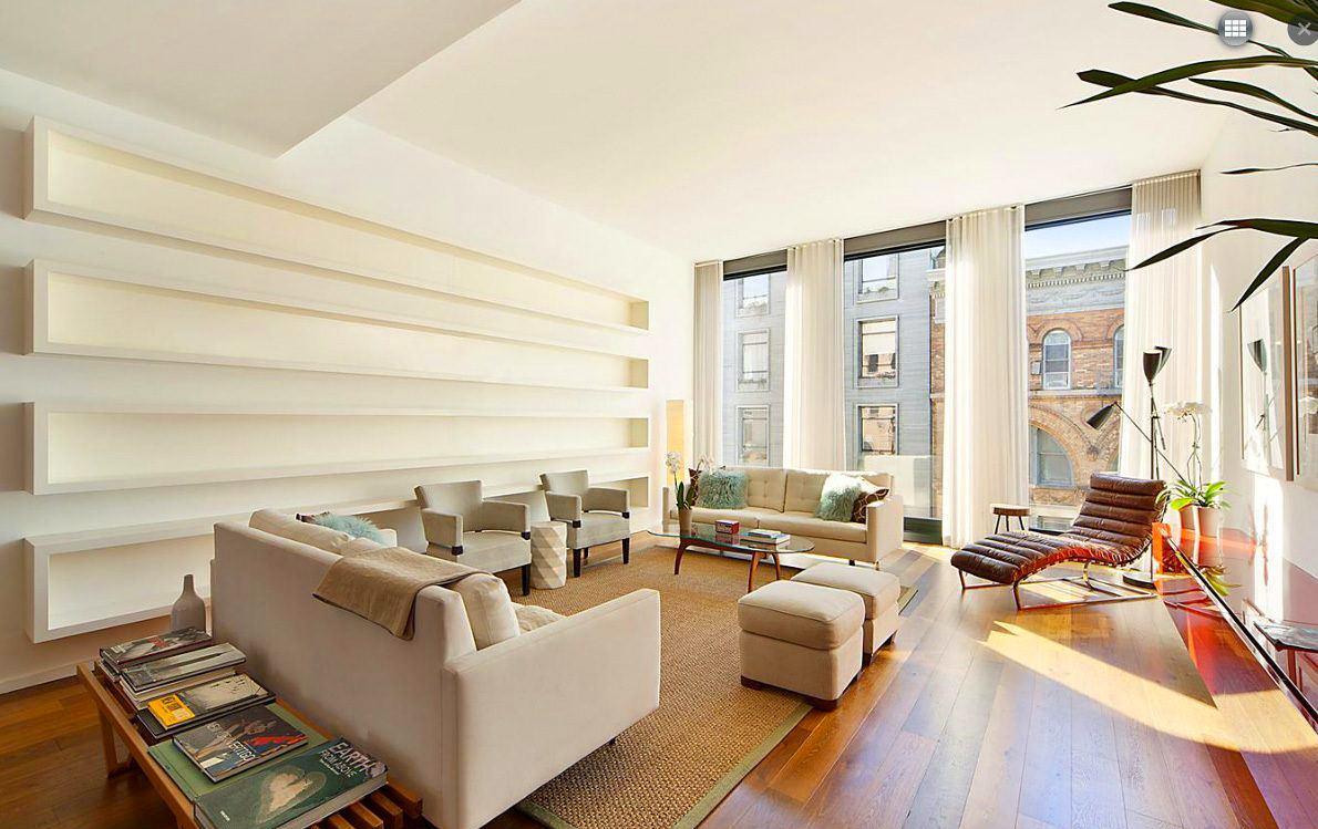 Гостиная, холл в цветах: серый, светло-серый, белый, коричневый. Гостиная, холл в стиле американский стиль.