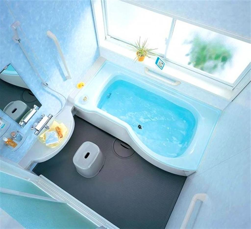 Ванная в цветах: голубой, бирюзовый, серый, белый. Ванная в .