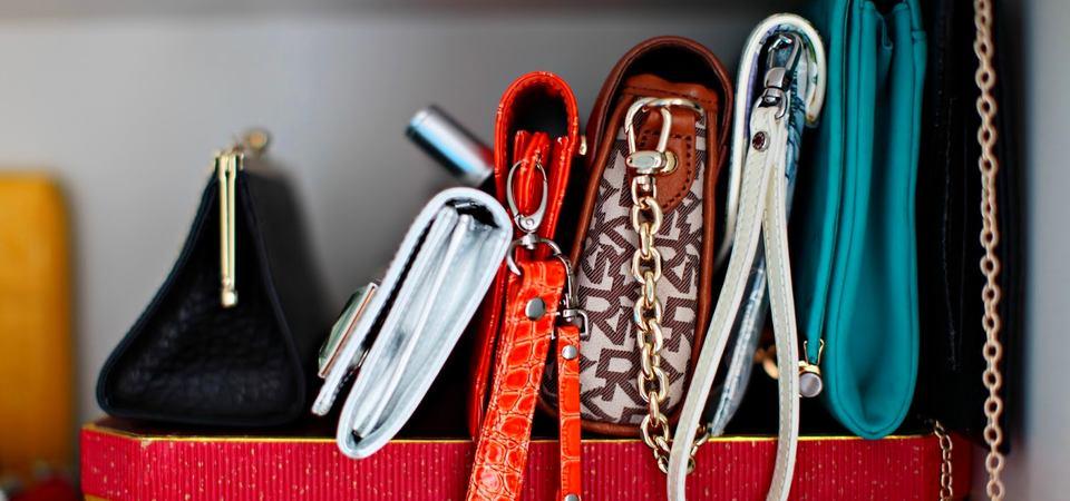 Женское счастье: как хранить дамские сумки