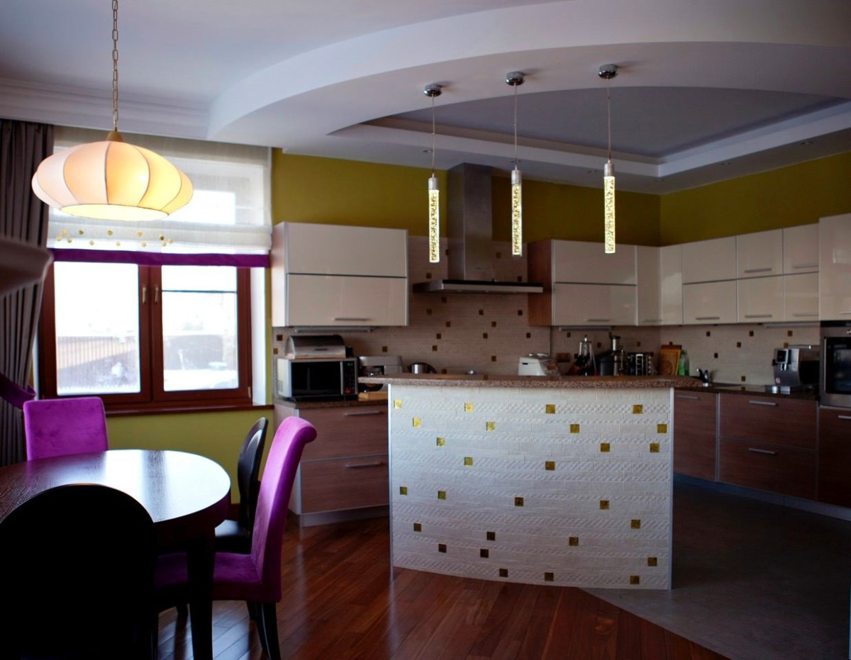 Гостиная, холл в цветах: черный, серый, светло-серый, белый, темно-зеленый. Гостиная, холл в стиле модерн и ар-нуво.