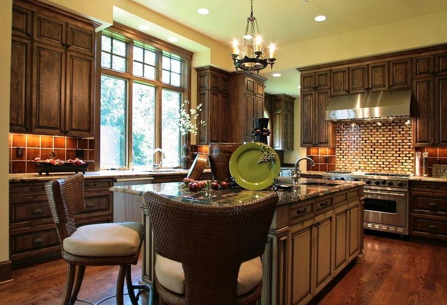 Кухня в цветах: черный, серый, темно-коричневый, коричневый, бежевый. Кухня в .