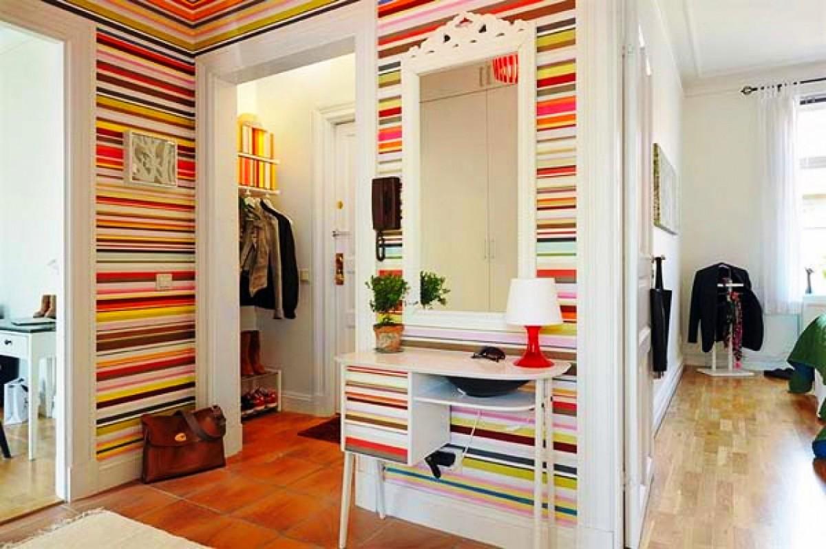Гостиная, холл в цветах: желтый, светло-серый, белый, бежевый. Гостиная, холл в стиле классика.