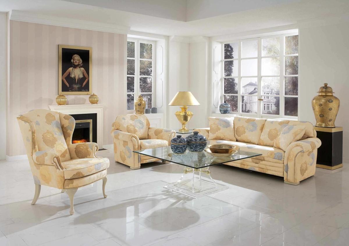 Гостиная, холл в цветах: черный, серый, светло-серый, белый, бежевый. Гостиная, холл в стиле классика.