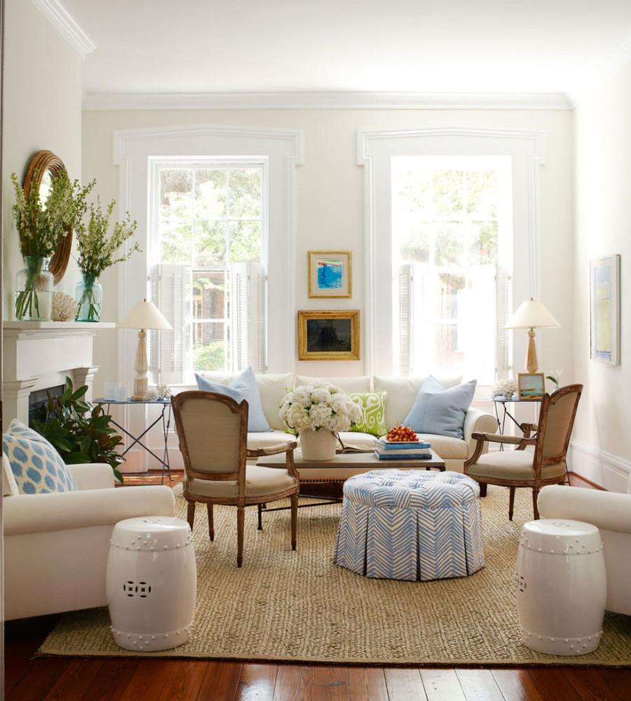 Гостиная в  цветах:   Бежевый, Белый, Коричневый, Светло-серый, Темно-коричневый.  Гостиная в  стиле:   Эклектика.