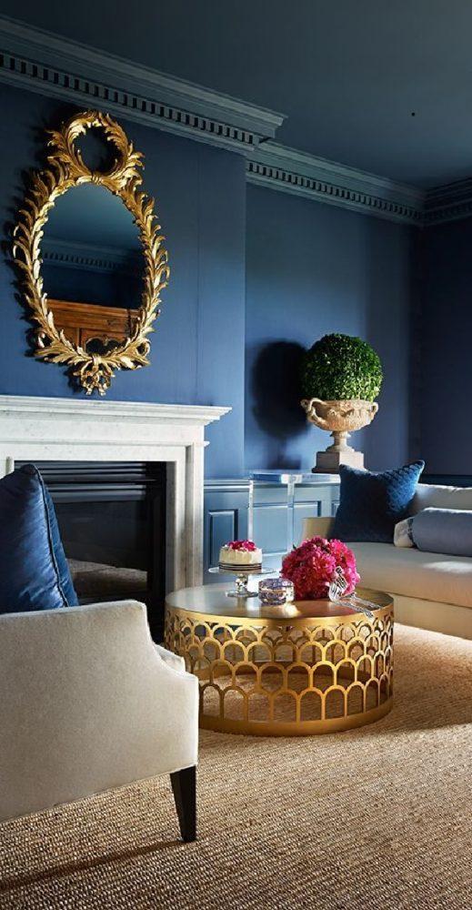 Гостиная в  цветах:   Бежевый, Коричневый, Светло-серый, Синий, Черный.  Гостиная в  стиле:   Эклектика.