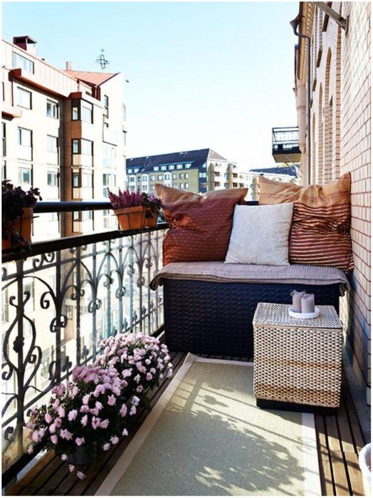 Балкон в  цветах:   Белый, Светло-серый, Серый, Темно-коричневый, Черный.  Балкон в  стиле:   Скандинавский.