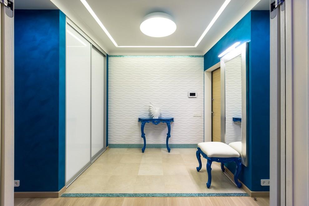 В морском стиле: двухкомнатная квартира для молодой пары