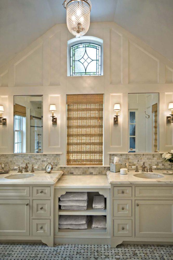 Ванная в  цветах:   Бежевый, Светло-серый, Серый.  Ванная в  стиле:   Неоклассика.
