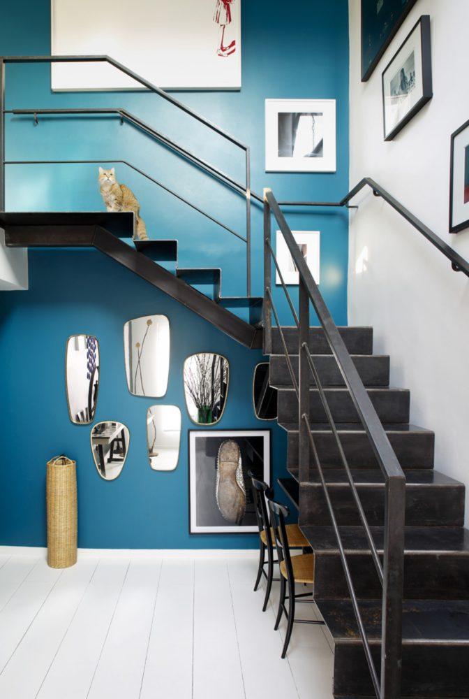 Вдохновение в  цветах:   Белый, Бирюзовый, Светло-серый, Синий, Черный.  Вдохновение в  .