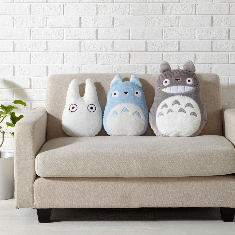 Как правильно выбрать диванные подушки