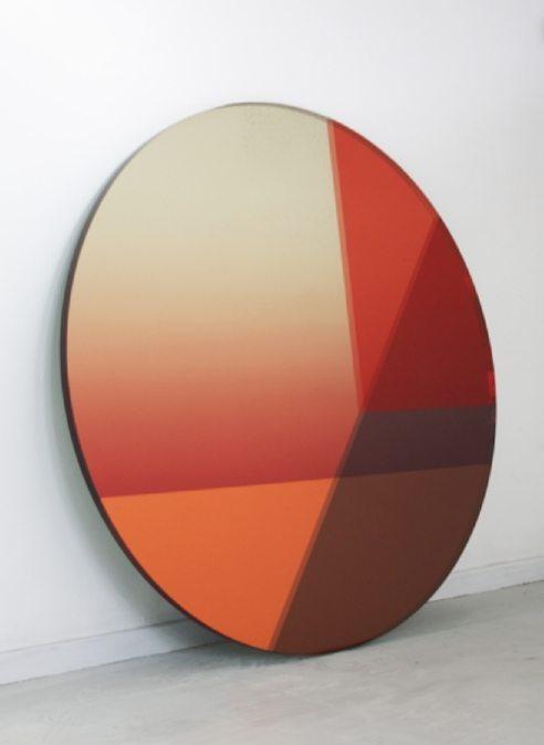 в  цветах:   Белый, Красный, Оранжевый, Светло-серый, Темно-коричневый.  в  .