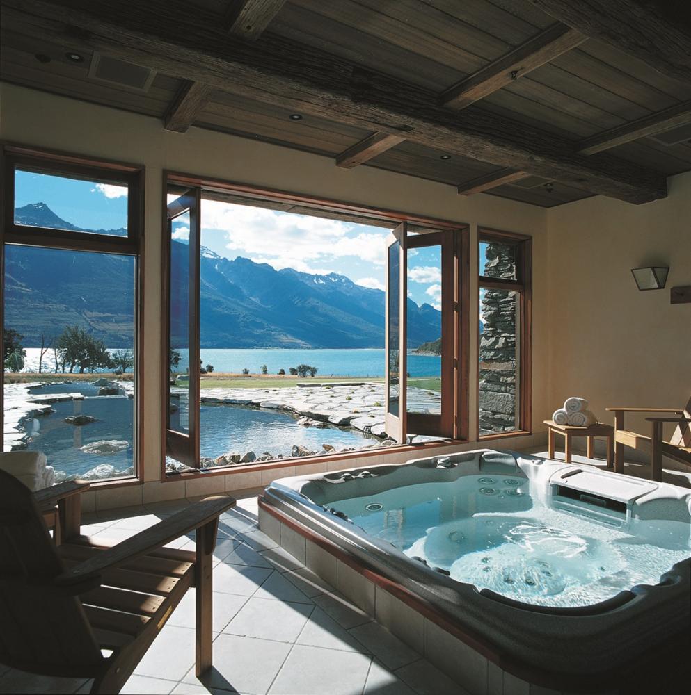 20 ванных для загородного дома с шикарными видами на природу