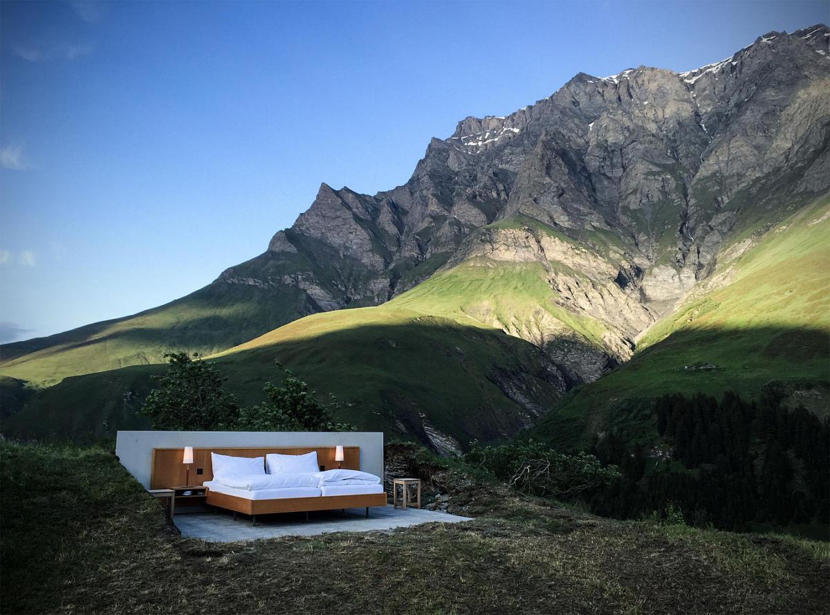 Крутой дизайн спальни: сон под открытым небом