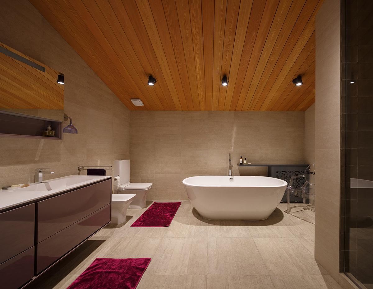 Ванная в  цветах:   Бежевый, Коричневый, Темно-коричневый, Черный.  Ванная в  стиле:   Минимализм.