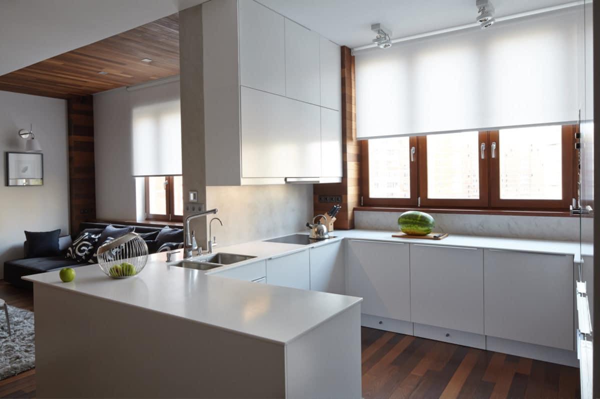 Кухня/столовая в  цветах:   Белый, Светло-серый, Серый, Темно-коричневый.  Кухня/столовая в  стиле:   Минимализм.