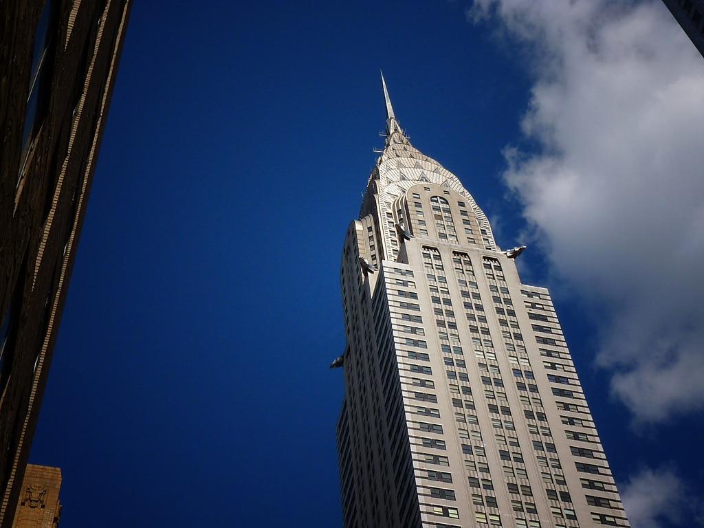 20 самых красивых зданий Нью-Йорка