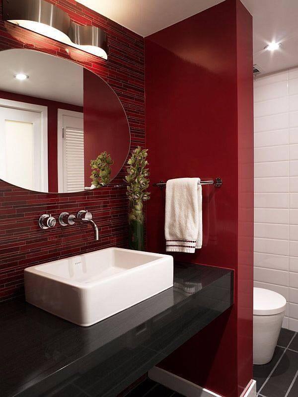 Ванная в  цветах:   Бежевый, Бордовый, Светло-серый, Темно-коричневый, Черный.  Ванная в  стиле:   Минимализм.
