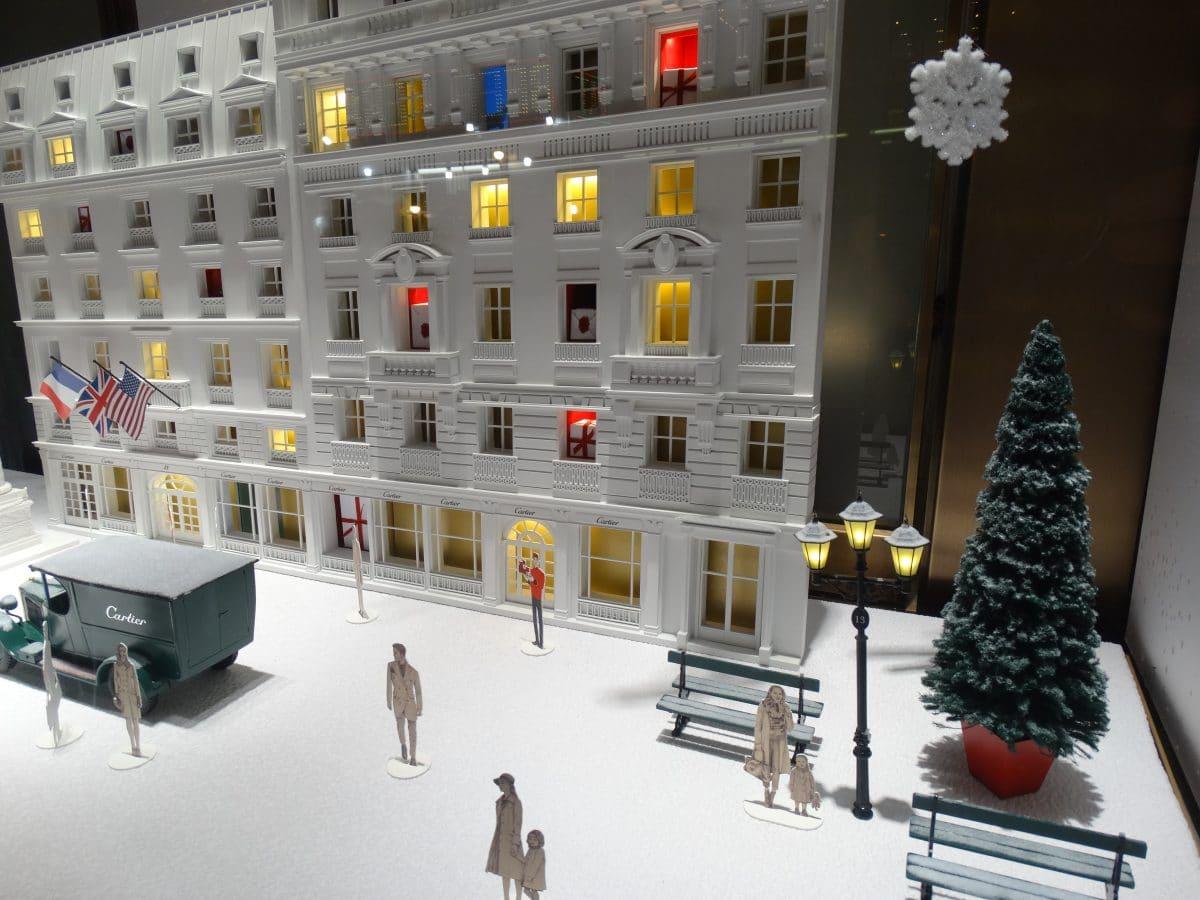 Новый год в Нью-Йорке: лучшие рождественские витрины