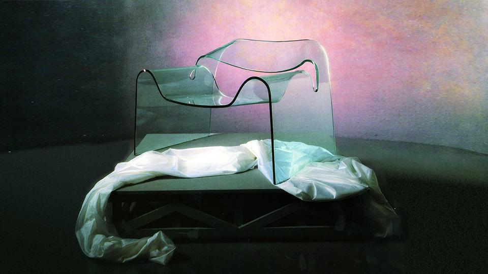 Знаменитому прозрачному креслу Ghost исполнилось 30 лет