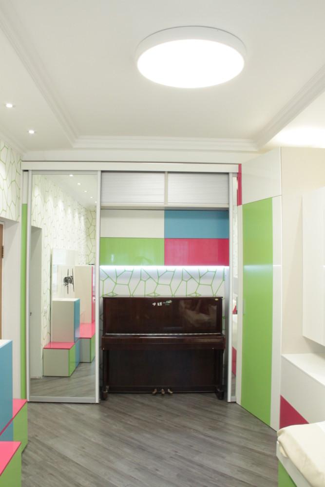 Гардеробный вместительный шкаф высота 3м собственного дизайна и производстваю
