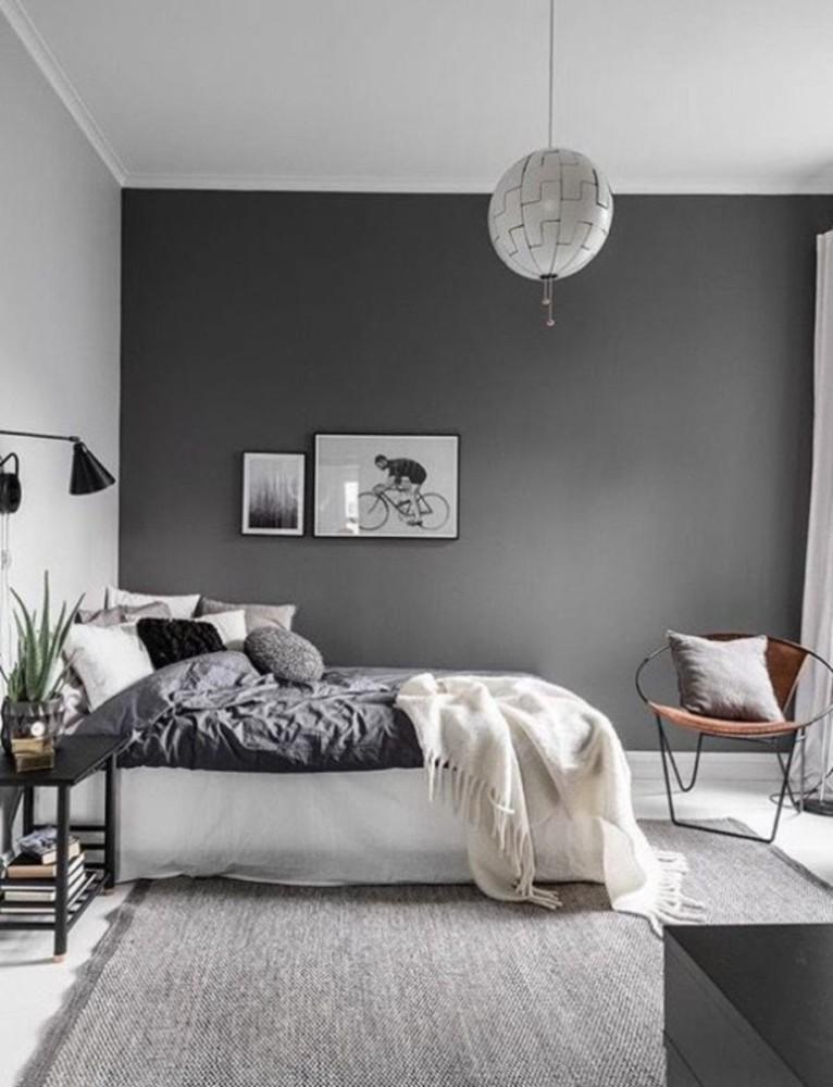 Спальня в  цветах:   Бежевый, Светло-серый, Серый, Темно-коричневый.  Спальня в  стиле:   Скандинавский.