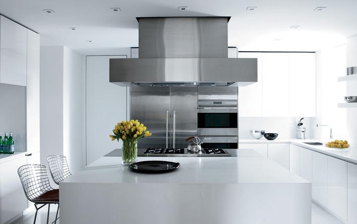 Кухня/столовая в  цветах:   Бежевый, Бирюзовый, Светло-серый, Серый, Синий.  Кухня/столовая в  стиле:   Минимализм.