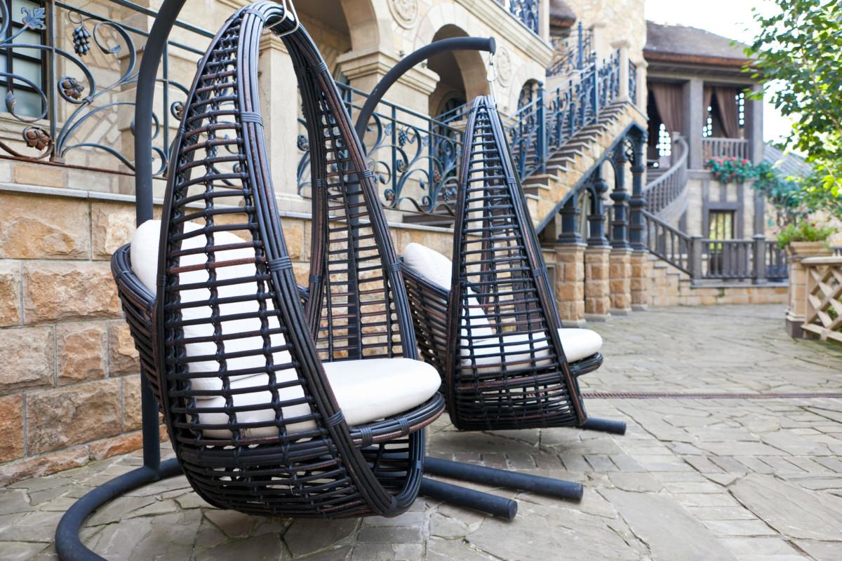 Мебель для интерьера и сада, которой не страшны ни солнце, ни дожди, ни морозы