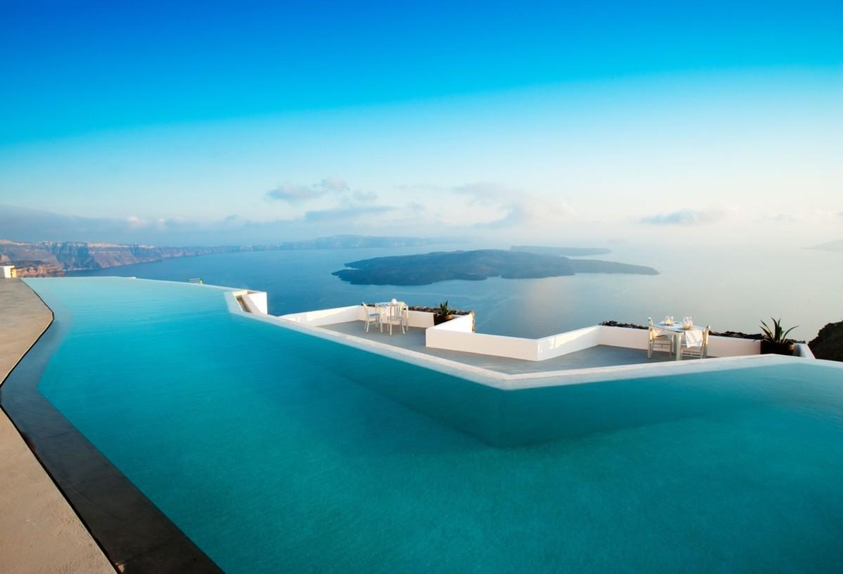 Лучшие отели для отдыха: 7 отелей с шикарными бассейнами