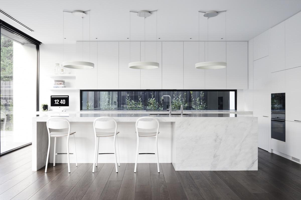 Кухня в стиле минимализм: 5 секретов успеха и 20 фото