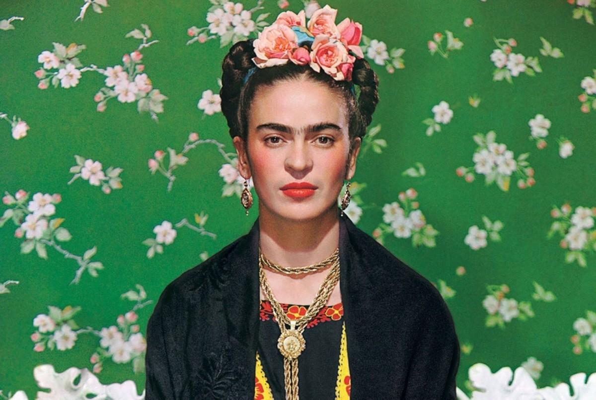 Фрида Кало в интерьере: 8 аксессуаров c изображением художницы