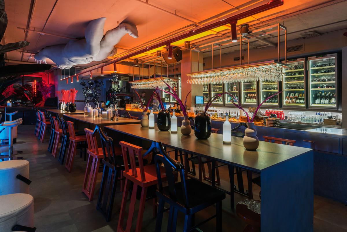 На Большой Татарской открылся новый бар от бюро Archpoint