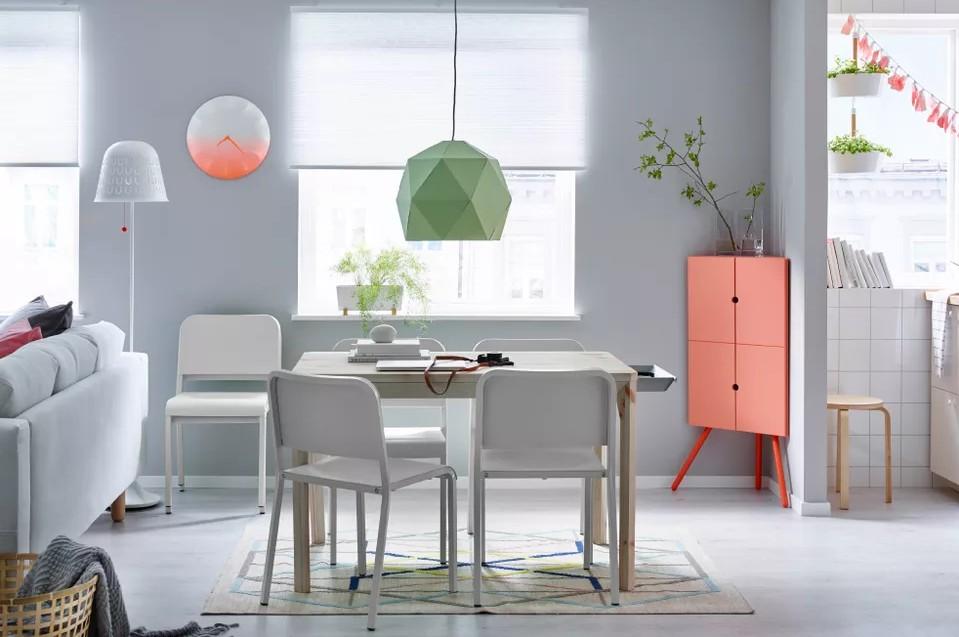 Чем заполнить углы в квартире: 20 идей для функционального декора пустых углов