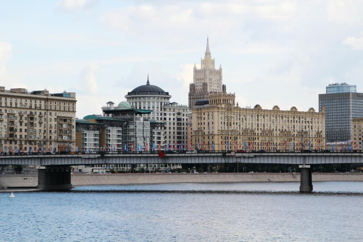 15 новостроек столицы собрали треть всех продаж недвижимости